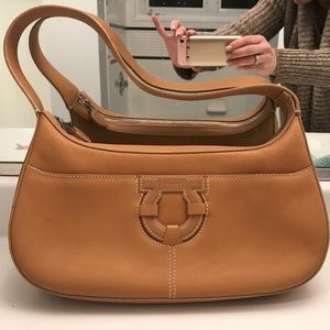 Tan Ferragamo shoulder bag !